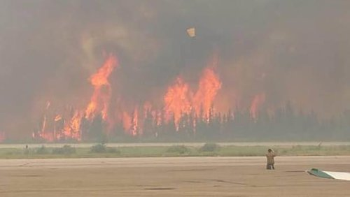 Boreal forest fire in Saskatchewan, July 6, 2015. Prince Albert Fire Department
